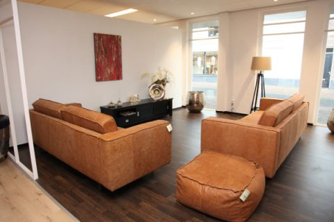 Deco center totaaladvies aan huis vanuit nieuwe showroom woonkrant barneveld - Deco buitenkant huis ...