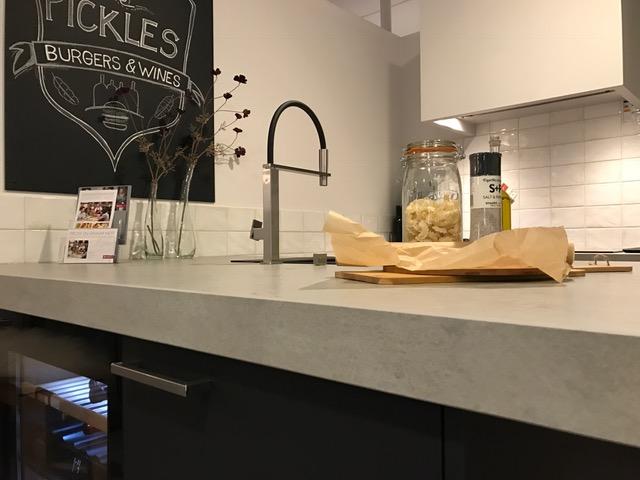 Van de pol keukens archieven woonkrant barneveld for Werkblad keuken keramiek